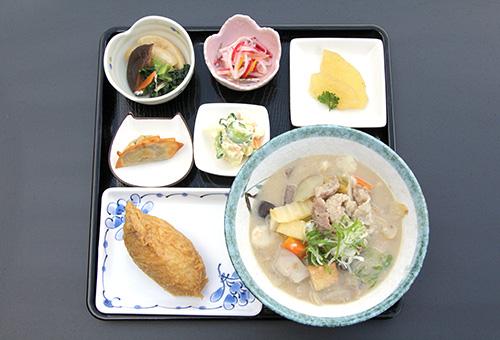 栗谷やさいの豚汁定食(冬季限定)
